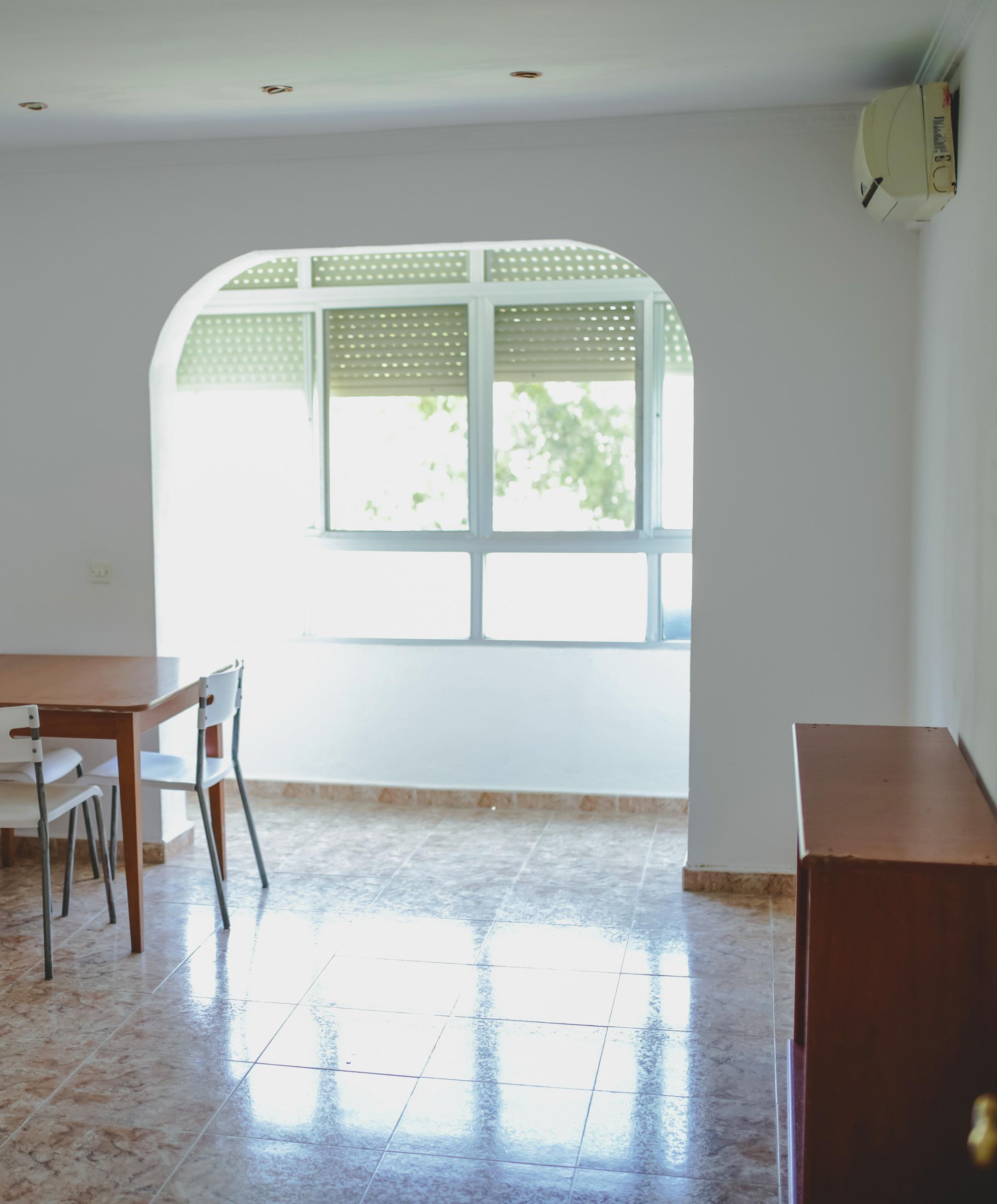 piso con tres dormitorios en el rio San Pedro a cinco minutos de cadiz